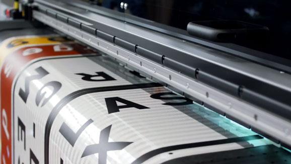 Machine d'impression numérique pour panneau de signalisation