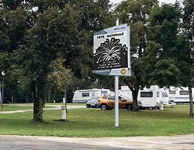 Journal électronique d'information édito : mobilier de communication pour votre camping