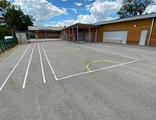 Signalétique Ecole : Terrain multisport, marquage au sol - Aménager votre école signaux signaux girod