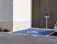 Accessibilité : stationnement pmr - Aménager votre école signaux signaux girod