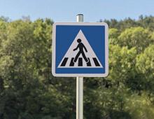 Panneau de signalisation passage piéton C20a - aménager votre centre commercial signaux girod