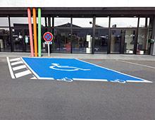 place de parking PMR signaux girod