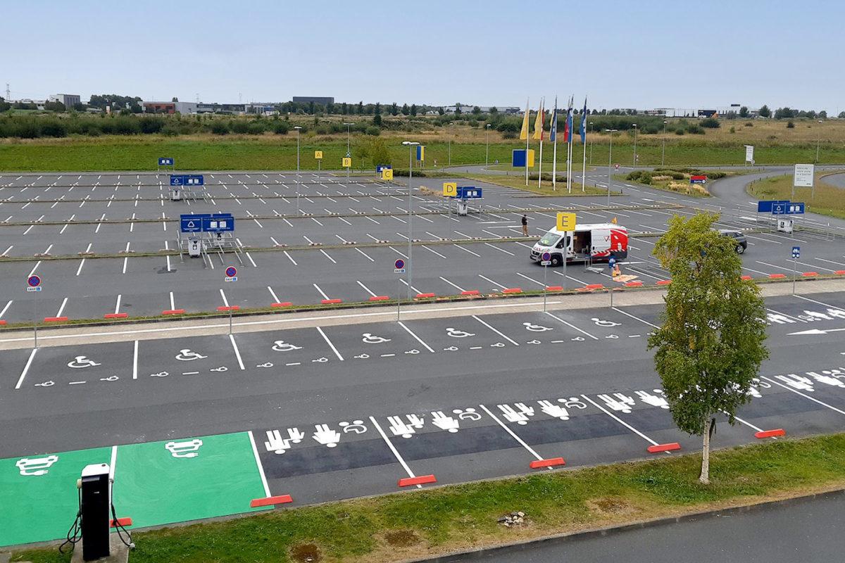 Marquage au sol parking Ikéa Cae